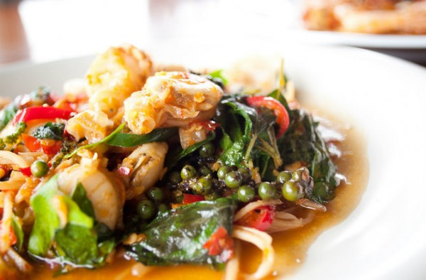 dnews-files-2014-10-thai-food-141002-670-jpg